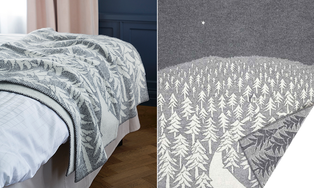 House In The Forest Premium Decke aus Merino-Wolle von Klippan Yllefabrik